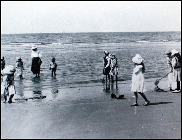 Badning-i-strandkanten