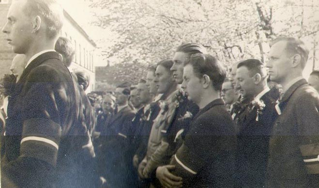 B1672-07_5 maj 1945